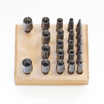 komplet zakuwaczy 22 szt. na podstawce (1,5 - 9,9mm)